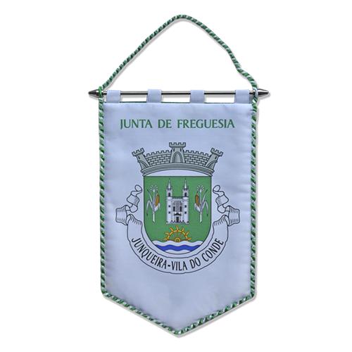 """Gualhardete com o logotipo da """"Junta de Freguesia da Junqueira"""" Preço: 7,50 Euros"""